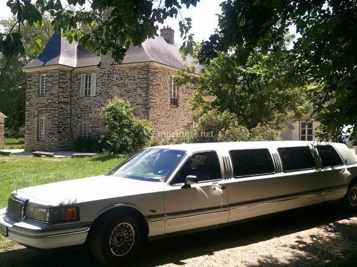 saint malo limousine. Black Bedroom Furniture Sets. Home Design Ideas
