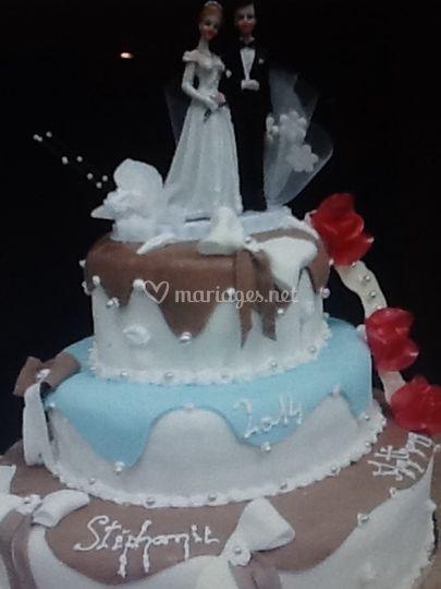 Petit wedding cake