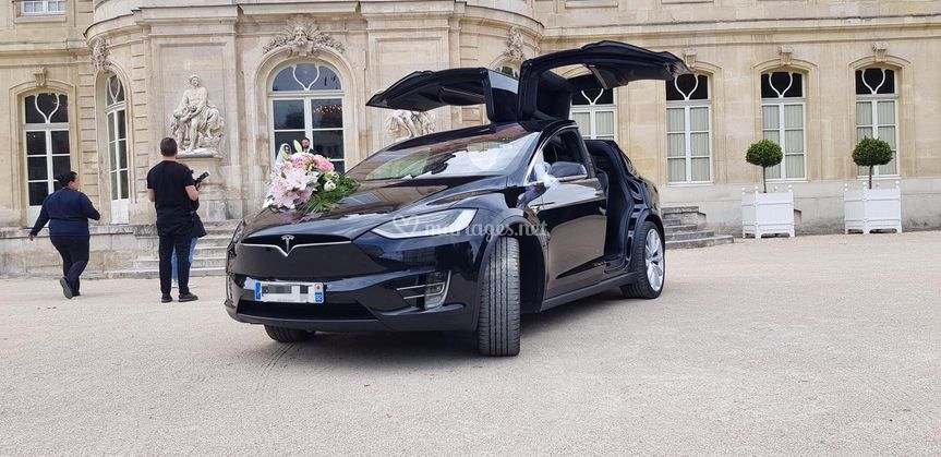 Tesla Model X noir P100D