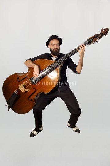 Contrebassiste jazz
