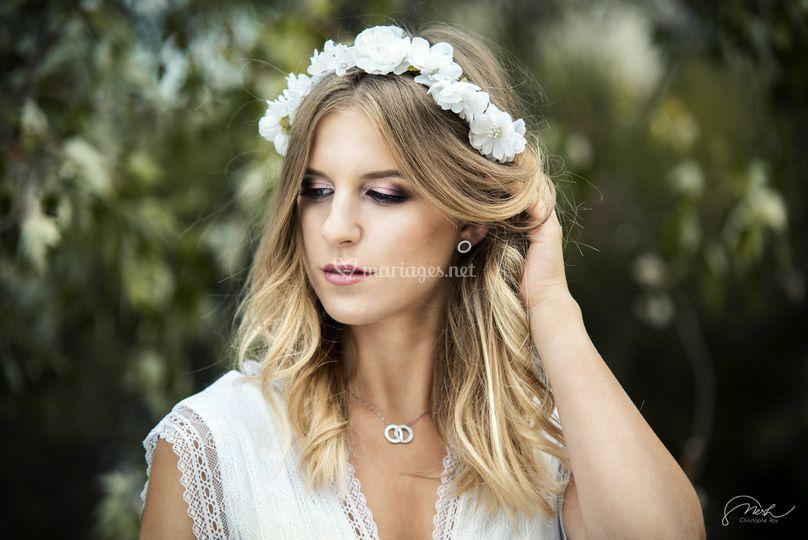 Maquillage de mariée coloré