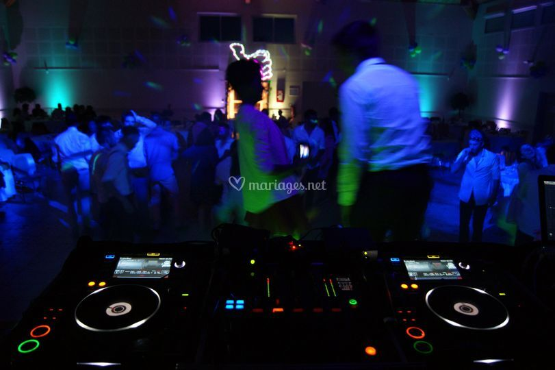 Platines Pro (CDJ-2000/DJM800)