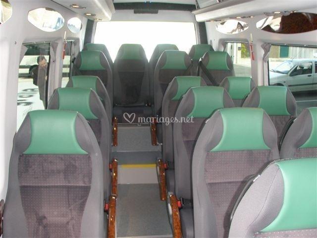 Minibus 19 places