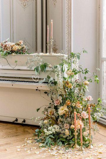 Design floral piano