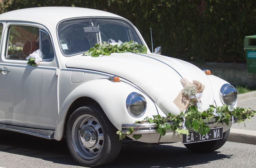 Coccinelle voiture des mariés