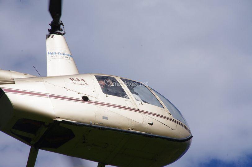 Hélicoptère Robinson R44