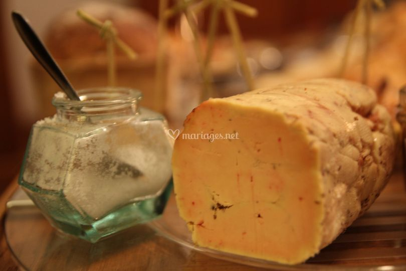 Foie gras mi cuit au gros sel