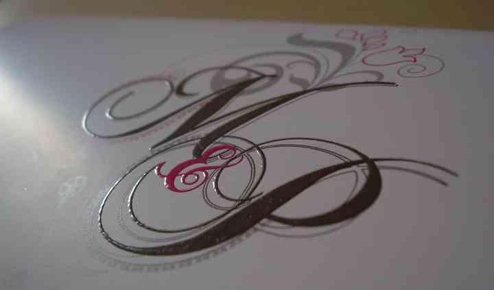 Vernis sélectif sur le logo