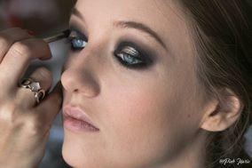 Aline Psychic Make-Up