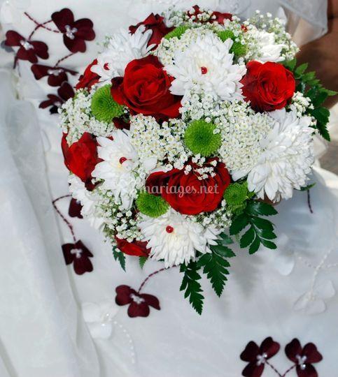 Le bouquet en rouge et blanc