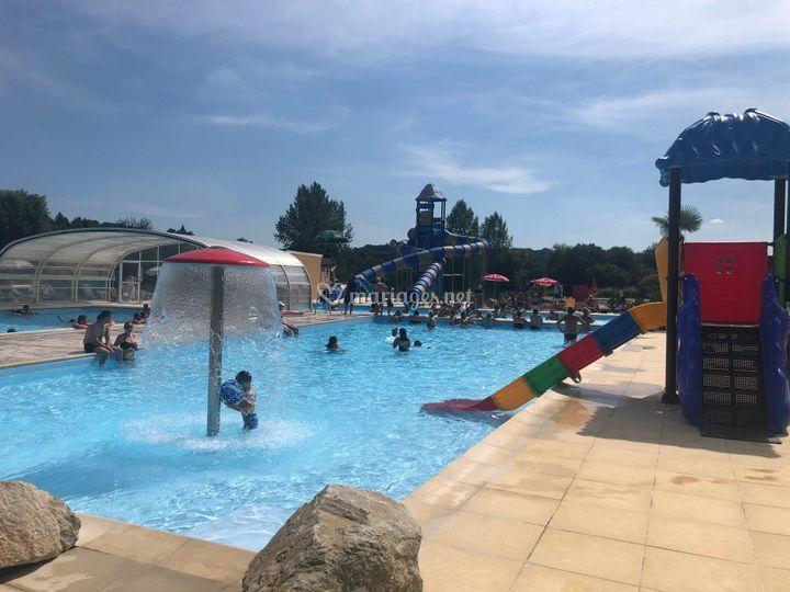 Complexe piscine juillet aout