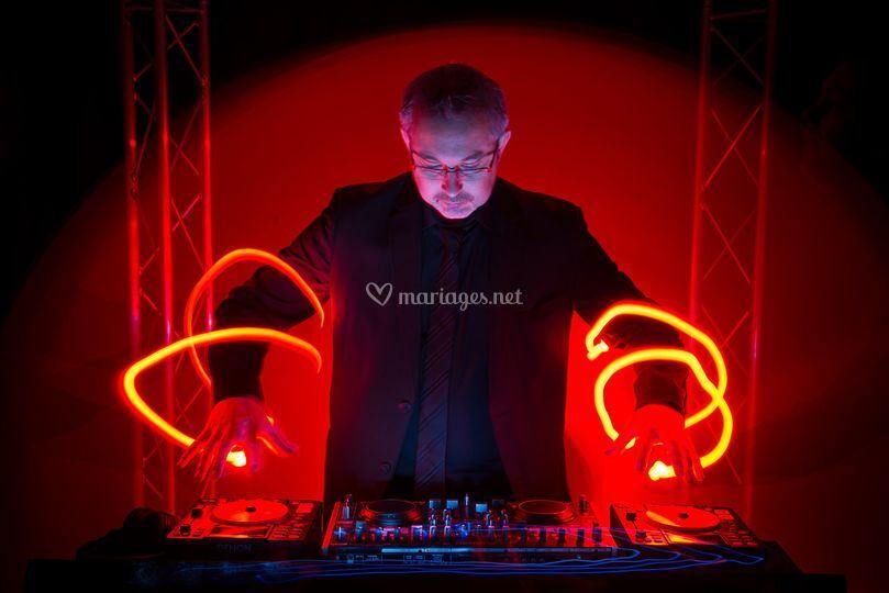 Philippe Day : DJ et Magicien sur Philippe Day - Dj Magicien