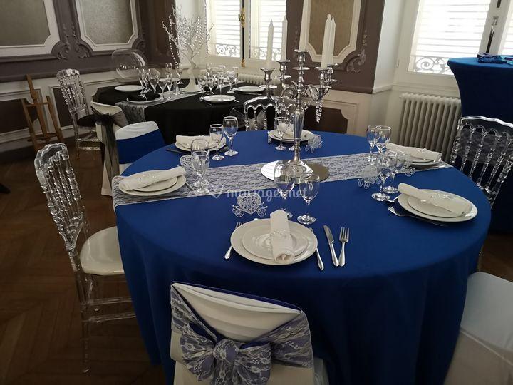 Showroom Bleu roi