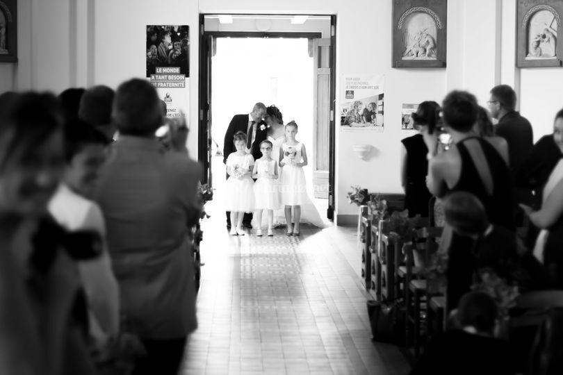 La mariée à l'église