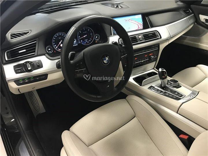 BMW 730 xDrive Volant