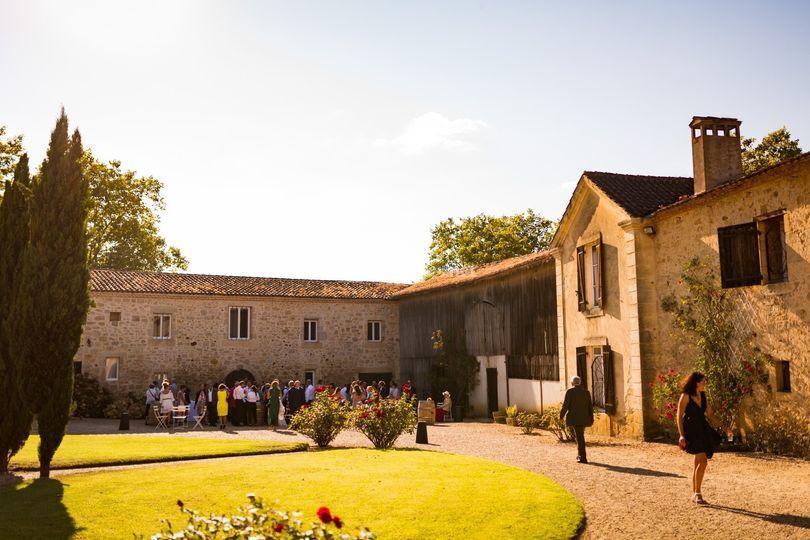Château Auros cour intérieure