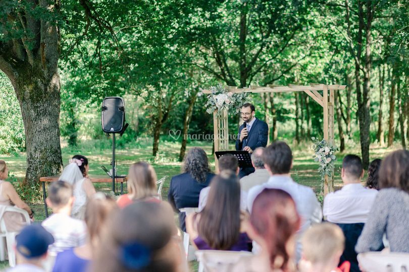 Officiant cérémonie Laïque