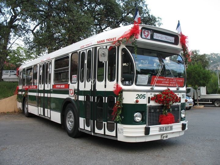 Bus AV déco