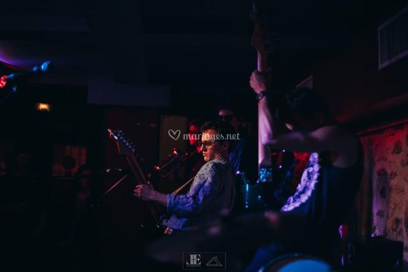 Light Up en concert