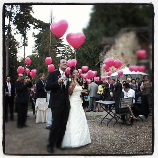 Mariés et ballons