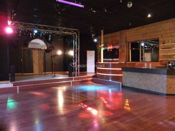 Salle bar+ scene