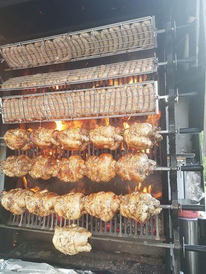 Saucisse et poulet grillé
