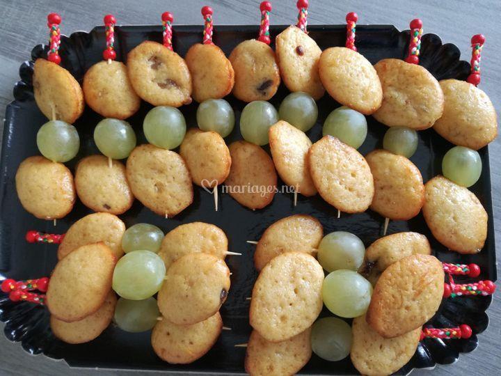 Brochette de madeleine aux fig