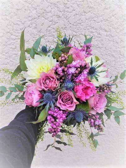Bouquet champêtre printanier