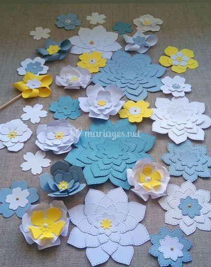 Chemin de table fleur de papie