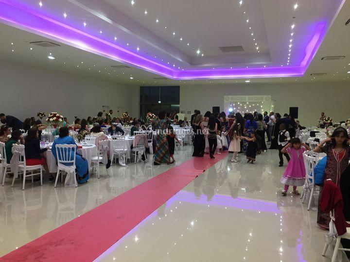 Grande salle de 200 à 500 personnes