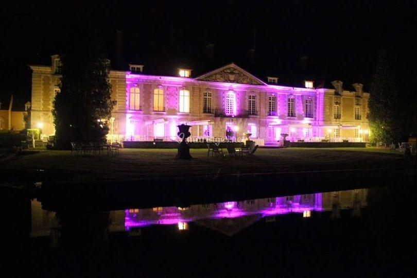 Façade chateau Fillerval (60) sur Nevest Sonolight