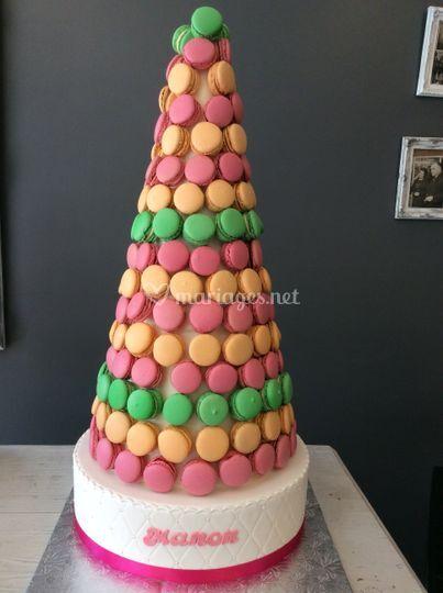 Pyramide de 150 macarons