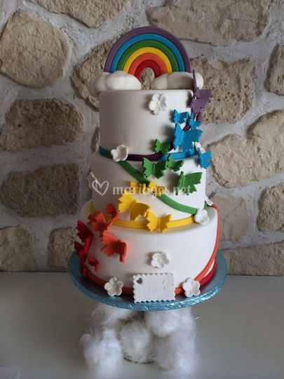Wedding cake arc-en-ciel