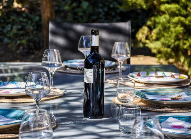 Vin sur table