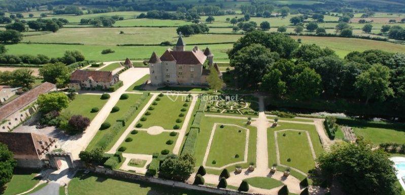 Château de Beauvoir Bourbonnais