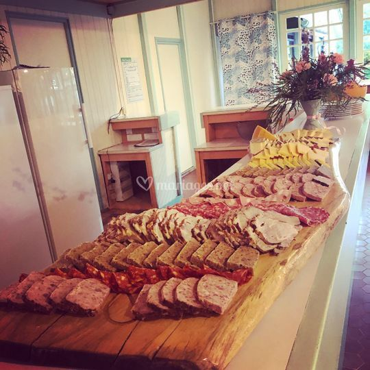 Buffet charcuterie fromages