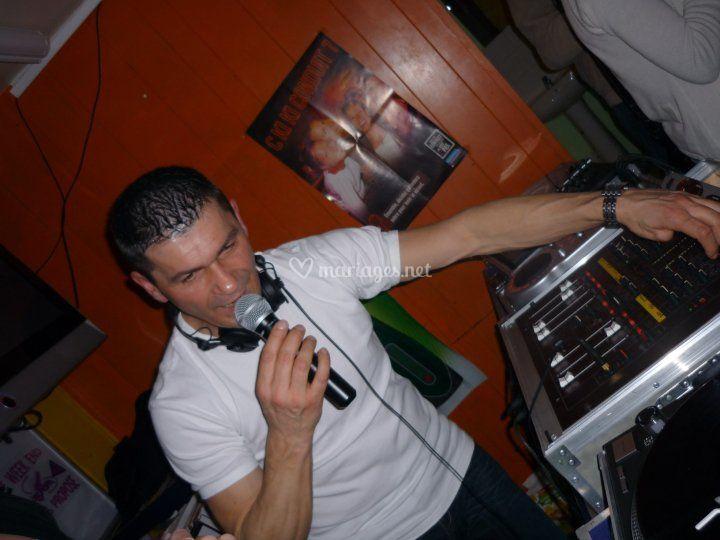 Dj Mouse en mix live