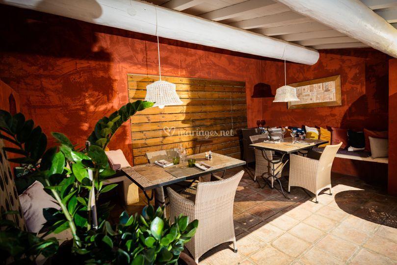 Alcove restaurant