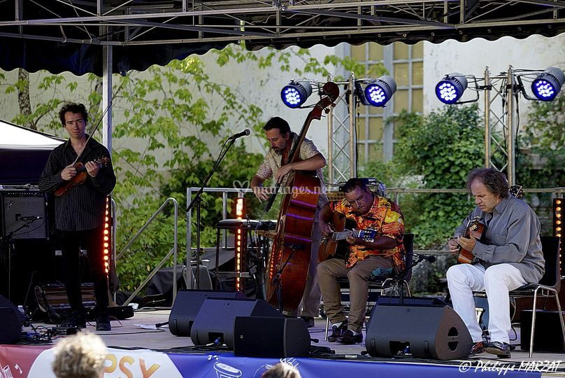 Djangophil quartet violon