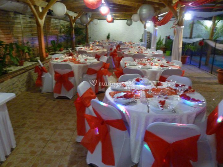 Mariage en rouge et blanc