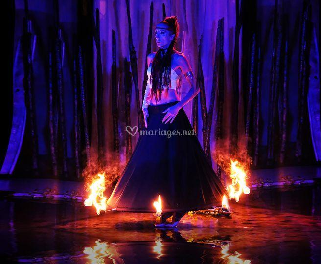 Flam d'Ô, sur un miroir d'eau