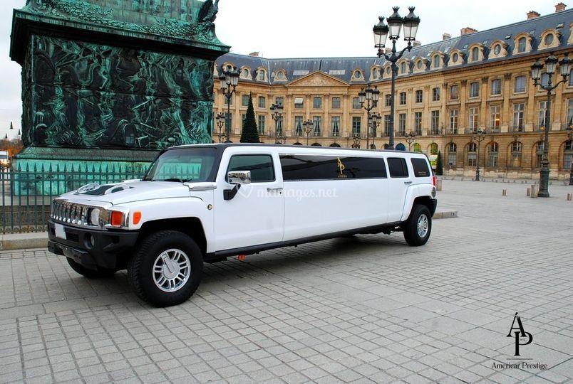 Hummer H3 limousine