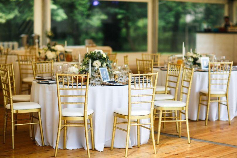Chaise tiifany doré mariage