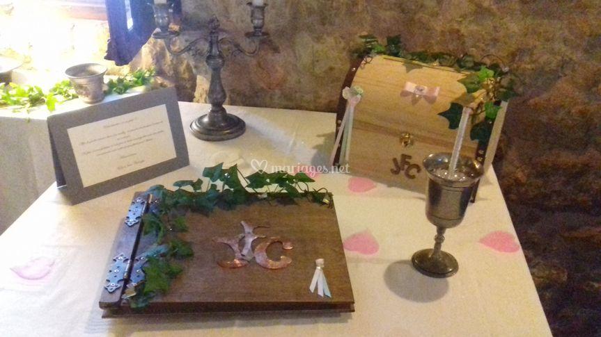 Ensemble urne et livre d'or bo