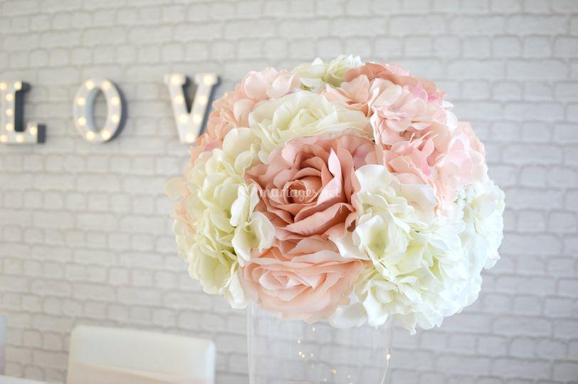 Boule de fleurs en soie