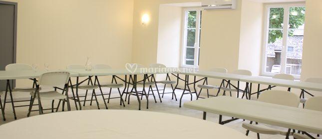 Agencement en table pour réunion