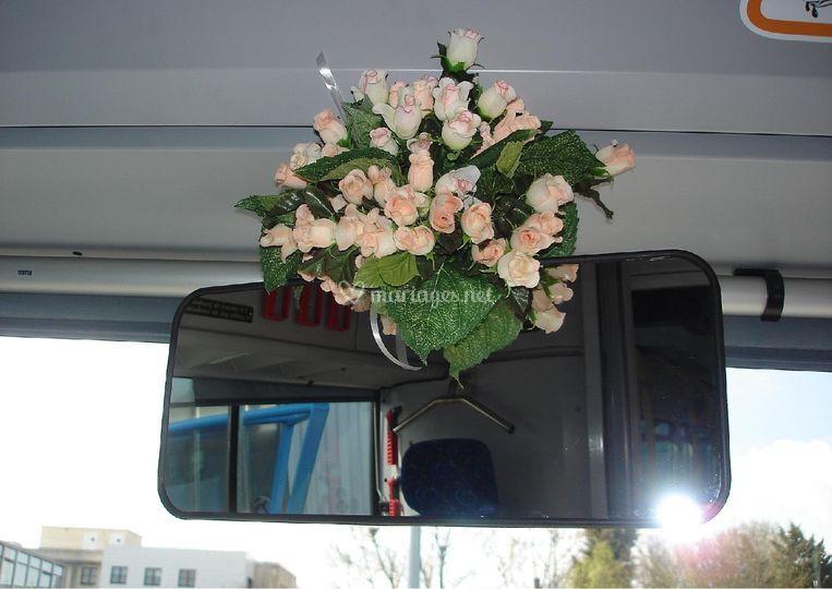 Décoration intérieure bus mariage