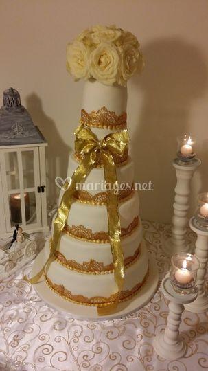 Wedding cake dentelle