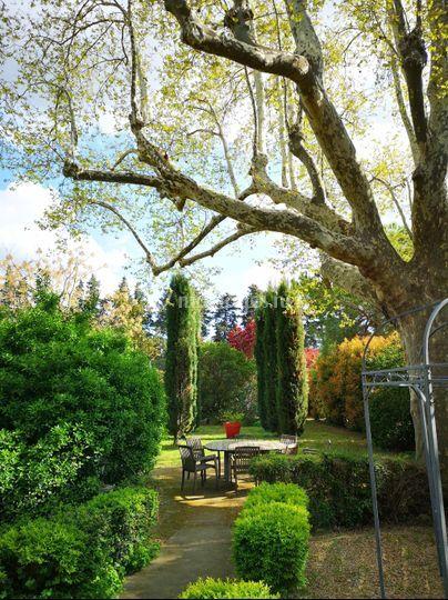 Un grand jardin