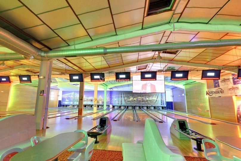 Nos pistes de bowling privées